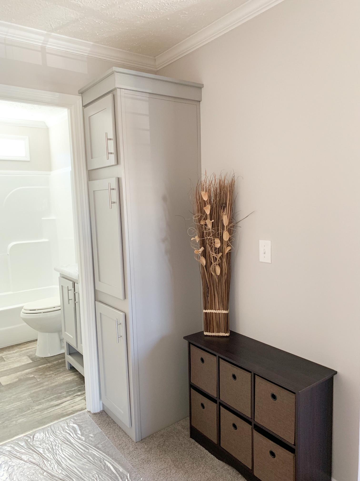 Hallway_Storage